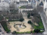 Paris-square Viviani_787
