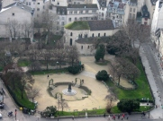Paris-square Viviani_787