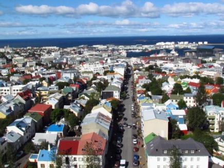 Reykjavik_vue de la flèche de l'église_774