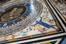 09_25avril_Vatican_sol