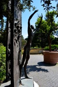 22_25avril_Vatican_dans le jardin
