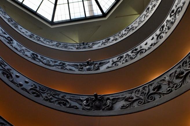 25_25avril_Vatican_l'escalier