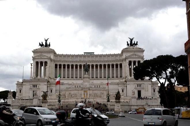 39_27avril_monument à V.E.R.D'Italia
