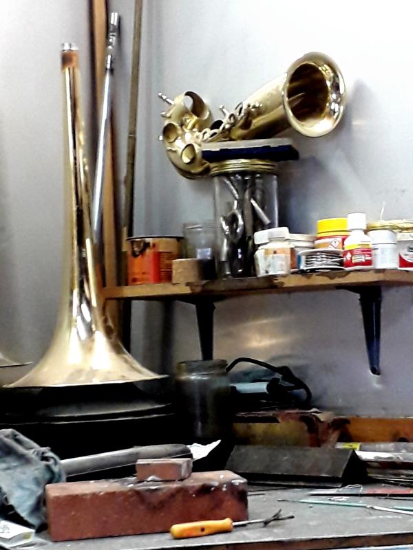 Jouez hautbois, résonnez bassons!